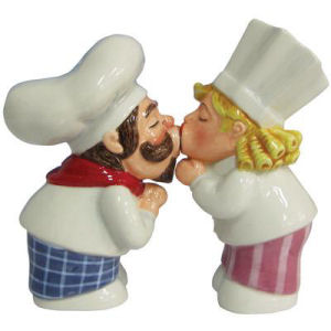 Westland Giftware Mwah! Chef Couple Salt and Pepper Shakers