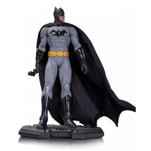 DC Comics Icons Batman 1/6th Scale Statue