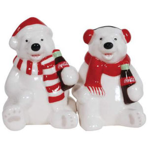Coca Cola Holiday Polar Bears Salt and Pepper Shaker Set