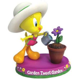 Warner Brothers Looney Tunes Garden Tweety Figurine