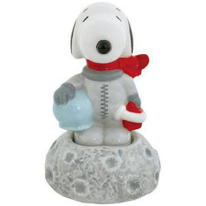 Peanuts Astronaut Snoopy on Moon Salt and Pepper Shaker Set