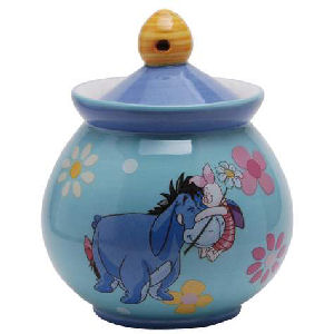 Winnie the Pooh and Friends Hug a Friend 6 Ounce Sugar Jar