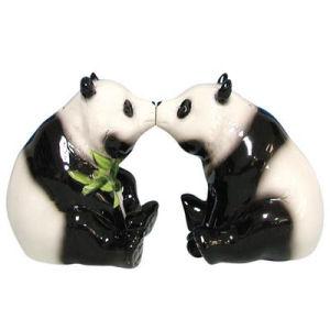 Westland Giftware Mwah! Pandas Kissing Salt and Pepper Shakers