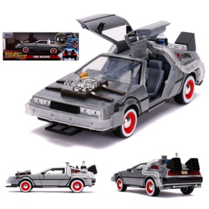 Back To The Future III 1/24th scale Die Cast DeLorean Time Machine with Lights