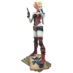 DC Comics Gallery  Harley Quinn Rebirth PVC Statue