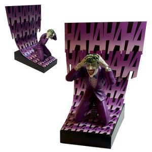 Batman Birth of the Joker Premium Motion Statue
