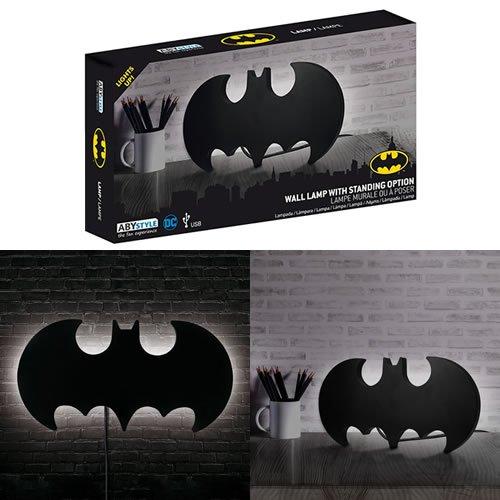 DC Comics Batman Logo Wall / Desk Lamp. Measures 35 cm x 18 cm x 2 cm. Comes with Braided Usb Cable.