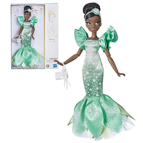 Disney Princesses Dolls Contemporary Style Tiana. This Disney Princess Tiana fashion doll comes with a pair of removable shoes, purse, and headband to finish her glamorous look!