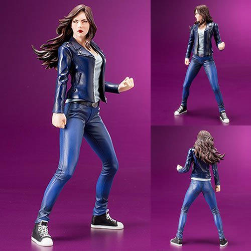 Marvel Comics ArtFX+ 1/10th  Scale Jessica Jones Statue. From the Defenders TV Series. Beloved by longtime fans and new followers of Marvel alike, the current iteration of Jessica Jones was born in the Alias comic series, which covers the former superhero