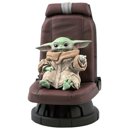 Star Wars The Mandalorian 1/2 Scale The Child In Chair Statue